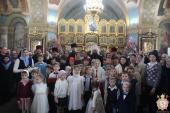 Духовенство, дітки недільної школи та прихожани Свято-Успенського архієрейського собору привітали митрополита Никодима із Різдвом Христовим!