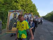 Віруючі Житомирської єпархії беруть участь у маштабній хресні ході до Почаївської Лаври!