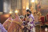 Неділя Хрестопоклонна. Митрополиче богослужіння у Спасо-Преображенському кафедральному соборі!