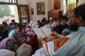 Архіпастир очолив святковий молебінь із читанням акафісту у храмі-каплиці на честь князя Олександра Невського у парковій зоні міста Житомира!