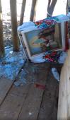У ніч з 21 на 22 січня невідомі особи розгромили капличку та джерело у Баранівському благочинні!