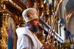 Божественна літургія у Неділю п'яту після П'ятидесятниці.